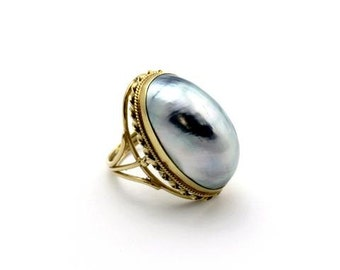 Antique Mother of Pearl 14k Gold Jewelry Ring