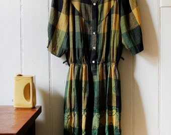 Vintage 1970's plaid green yellow embroidered Dress - Large