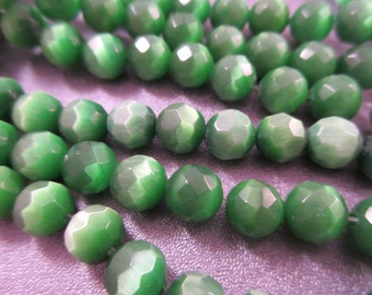 Green Cat's Eye Faceted Round 8mm Beads 50pcs
