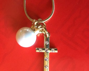 Set of Cross necklace and earrings