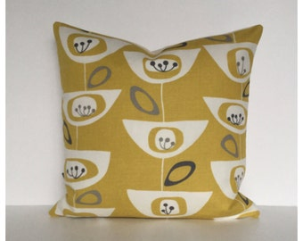"""Mid Century 50s Style Cushion Cover 16"""" x 16""""   Modern Throw Pillow, Accent Pillow , Mustard Yellow Pillow Cover"""