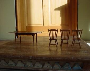 Minature Dollhouse Furniture
