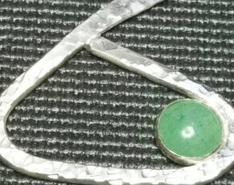 Hammered sterling silver and green adventurine pendant