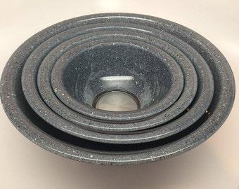 Set of 4 Limited Edition Pyrex Granite Speckled Nesting bowls
