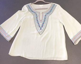 Mint Boutique shirt stitched detail