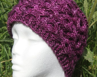 Lila hat with cables knitted hand
