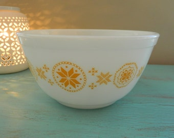 Yellow Town & Country Nesting Bowl