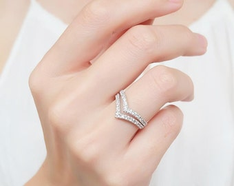 double cz chevron ring, chevron ring, double chevron ring, v ring, chevron, double v ring, geometric ring, double ring, midi ring