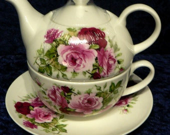 Tea for One set, cup, saucer teapot pink roses