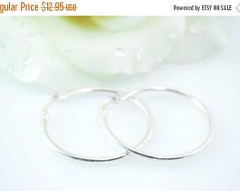1 Day Sale Simple Hoop Earrings Sterling Silver 2.7g Vintage Estate