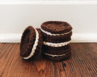 Crochet Chocolate and Cream Cookies