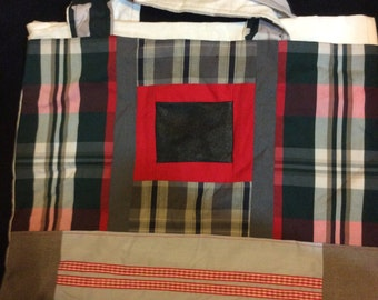 Red is closed- Handmade tote bag Autumn - Winter collection