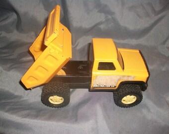 1979 Vintage Dump Truck