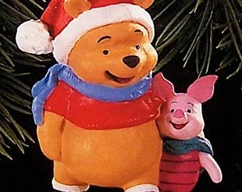 Hallmark 1996 NIB Winnie the Pooh and Piglet Ornament QX5454
