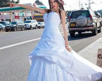 white new weeding creamy and puffy  dress