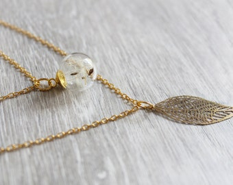 Elegant layered necklace with leaf and flower