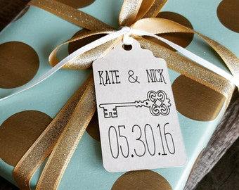 Personalized Skeleton Key Wedding Favor Tags (Set of 20)