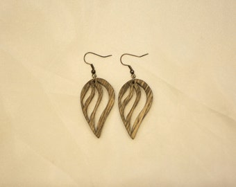 Wooden (plywood) leaf-looking earrings (hollow). Gift for women. Free shipping.