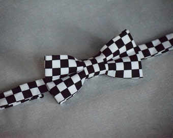 Checkered Flag Bow Tie