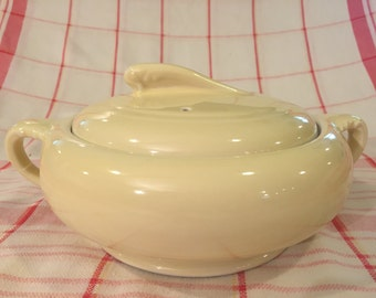 Vintage Butter Yellow Coorsite Covered Casserole Dish