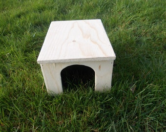 Guinea Pig/ Small Rabbit House/ Shelter/ 11'' x 8'' x 6''