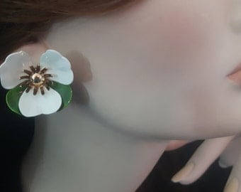 Sarah Coventry Clip on earrings - vintage mod flowers