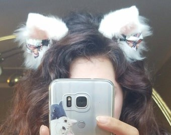 Medium sized white kitten ears with magnetic butterfly bows