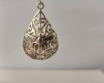 Sterling teardrop with filigree