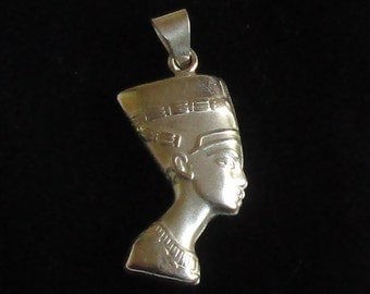 Solid Silver pendant Necklace Egyptian Queen  Nefertiti