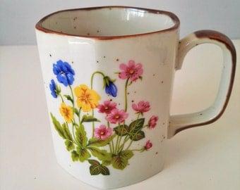 Set of 4 Wildflower Coffee or Tea Mugs - Porcelain Wild Flower Service - Seventies Vintage