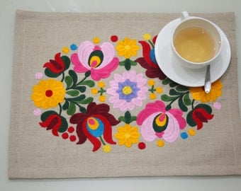 Embroidered Placemats Hungarian Embroidery Double fabric Placemats with Embroidery Ornament Placemat Jute Canvas Sets Rectangle Place Mat