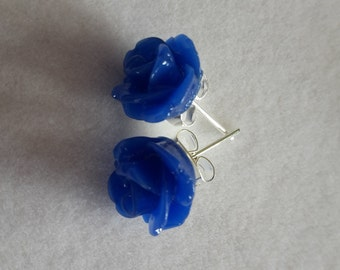 Blue Resin Flower Earrings