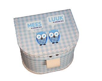 Giftbox with name and birthdate - Twin owl