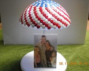 Lighted Red White & Blue Patriotic Photo Holder, Item # U13