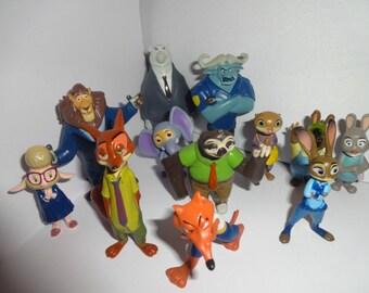 Mister A Gift Disneys Zootropolis - Zootopia set of 12 plastic Cake Toppers