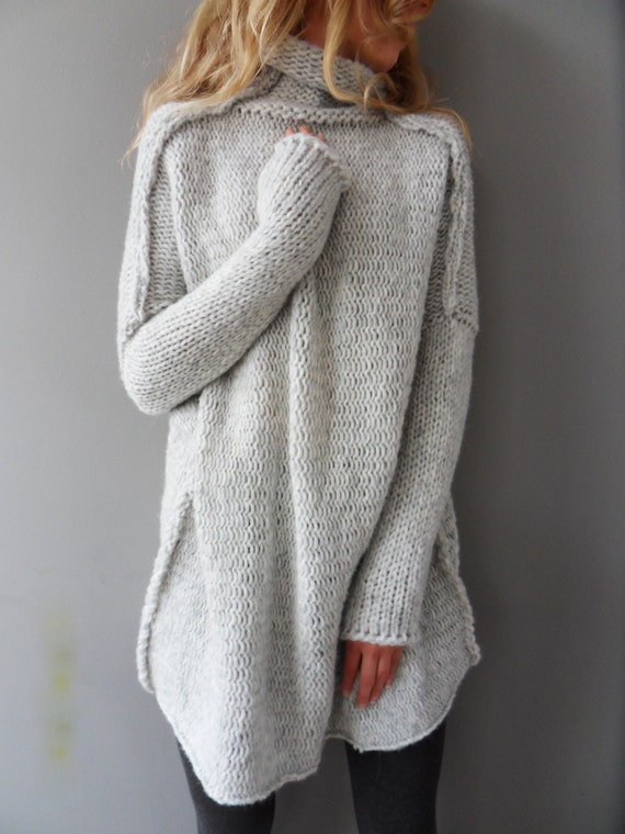 Christmas sale Oversized / Slouchy / Bulky knit sweater.