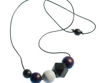 Hand Painted Wooden Bead Necklace - Violet