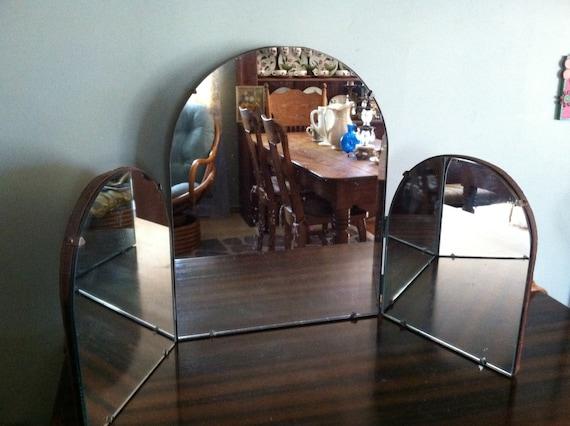 Antique 1930 39 s art deco 3 way mirror bathroom vanity for Bathroom 3 way mirror