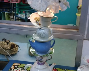 Alice in Wonderland Teacup lamp
