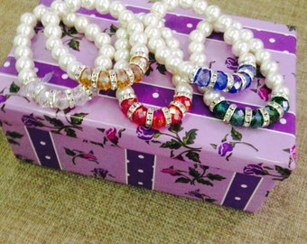 Bracelet with pearls and stones