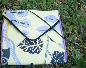 3 pocket purse