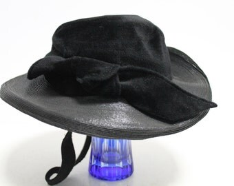 Beautiful black lady hat from 1920-1930 year