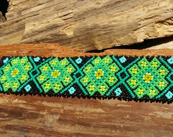Green and Black fabulous bracelet