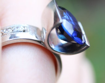 Anniversary OFFER - Hand made 4ct Sapphire Floating Ring 18ct White Gold