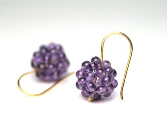 Berry earrings - amethyst and 750 Gelbgold