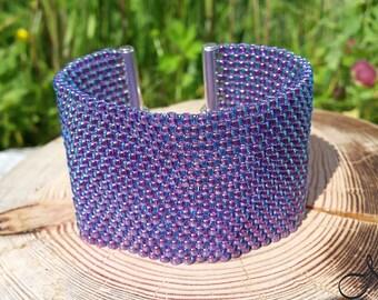 Toho bracelet in lavender