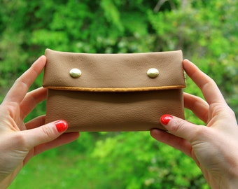 Camel leather wallet / pouch Vegan.