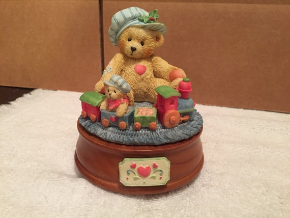 Cherished teddies musical figurine santa claus is coming to