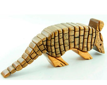 ARMADILLO - Wood Flair - Wood Sculputure-ANIMALS