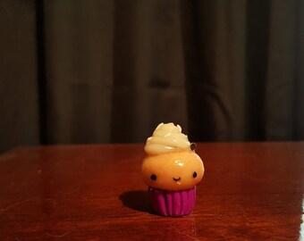 Kawaii cupcake, polymer clay cupcake, cute polymer clay cupcake charm, cupcake charm, cupcake